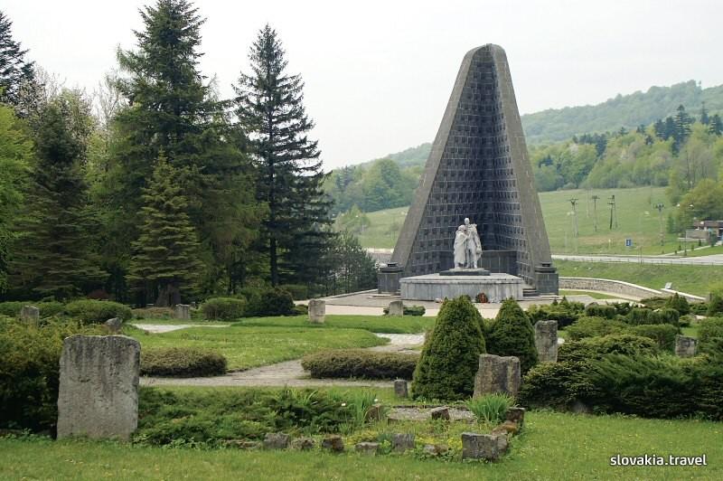 Dukla monument